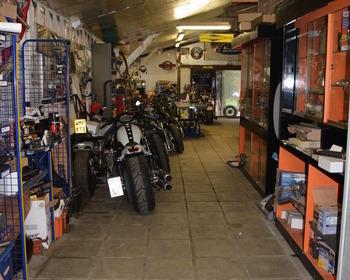 B-Twin Garage - SFEERBEELDEN
